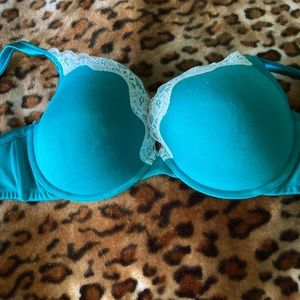 Cacique Green Lace Full Support Seamless Bra 44DD